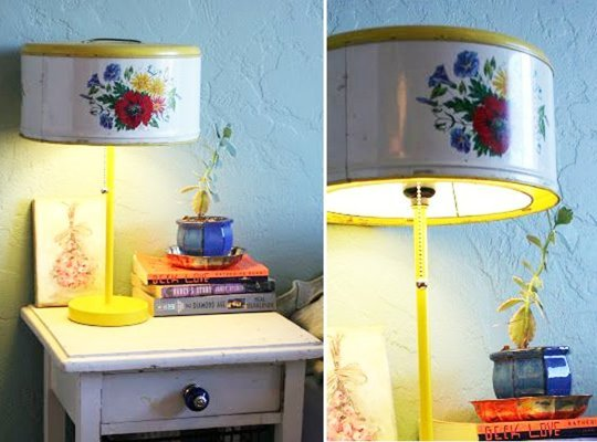 08 vintage tin upcycled lamp
