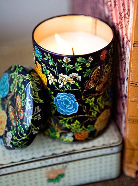 09 vintage tin candle